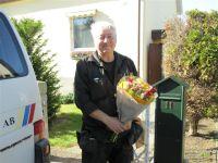 Sven utanför huset som blev hans sistakundbesök.