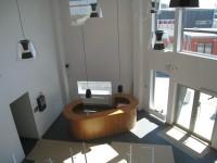 Översiktsbild över entré och reception
