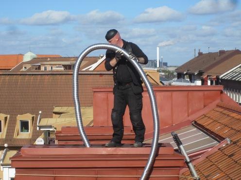 SIMAB tätar kanaler för en bättre ventilation.